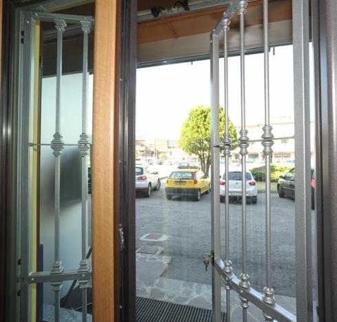Inferriate di sicurezza contro le intrusioni nelle abitazioni